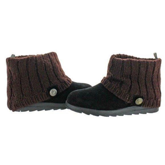 NWT Muk Luks Patti Black Faux Suede Boot Size 7